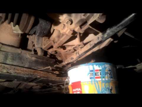 Видео как проверить масло в Тойота Аурис