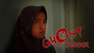 Download Lagu Film Pendek - Ghost at School Gratis STAFABAND