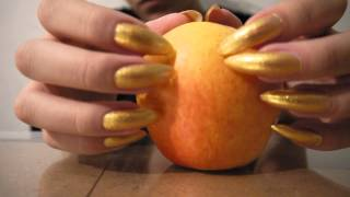 ASMR : Long natural nails tapping and scratching apple PT 1 HD