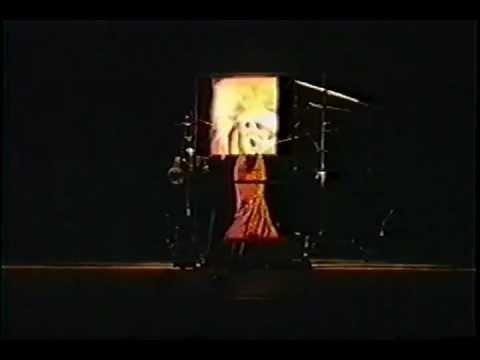 Naked Diva por Marcia Taborda