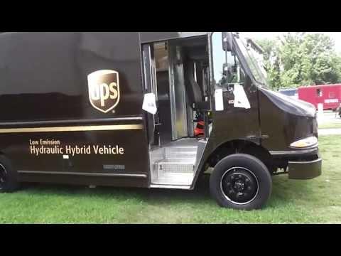 Southeastern Railway Museum UPS Hybrid Trucks In(HD) Duluth,Ga. 8-4-2013 Part 3