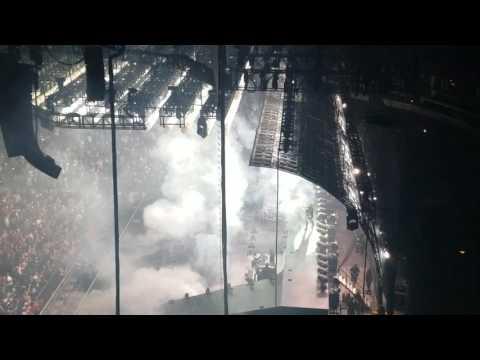 Drake-Summer Sixteen (Entrance) Chicago 10/5/16
