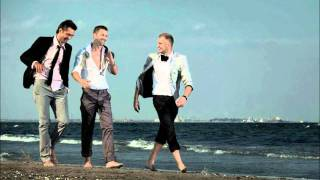 Watch Akcent Runaway video