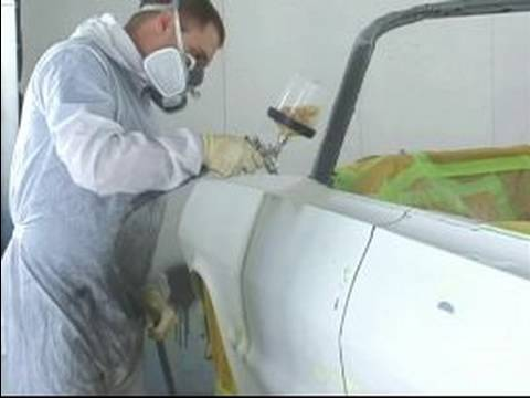 How to Prime a Car Before Painting