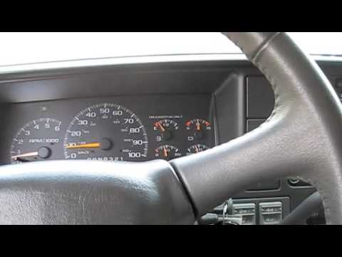 1999 Chevrolet Suburban Start Up and Drive