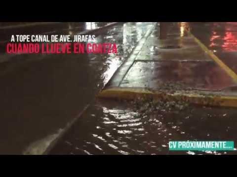 A tope canales abierto por lluvias en Coatzacoalcos