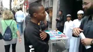 SUBHANALLAH ему чтобы принять ислам пригодился 3 минуты Так чего ты ждешь