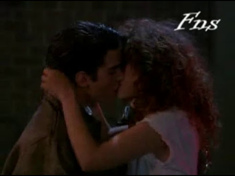 Guitarra del Amor Indu - Salsa (movie)