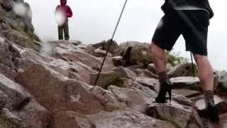 Kisah Remaja Mendaki Gunung, Memakai 'High Heels'! Sempat Patah dI Tengah Jalan Licin