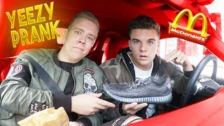 McDonalds PRANK | Mit Original YEEZYS bezahlen | FLEX IT