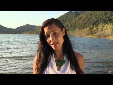 Download Lagu Kiri Danielle reveals her smoking story MP3 Free