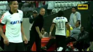 Prensa brasileña destaca actuación de Ángel Romero en Corinthians