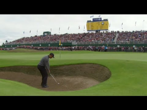 Tiger Woods Bunker Shot on 18 at British Open