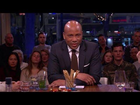 Geëmotioneerde Humberto Tan kondigt afscheid aan van de late avond  - RTL LATE NIGHT