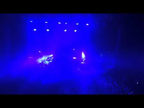 Twenty One Pilots - Car Radio (Live @ Tilburg, 013, The Netherlands)