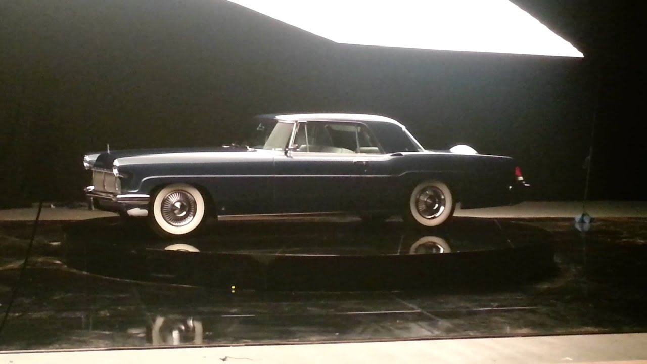 2013 lincoln mkz elizabeth taylor 39 s continental 1956 mark ii for the new lincoln commercial. Black Bedroom Furniture Sets. Home Design Ideas