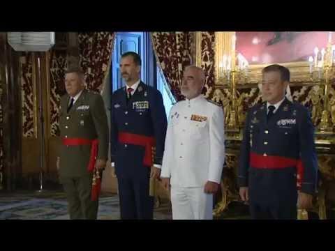 Su Majestad el Rey celebra sus primeras audiencias militares en el Palacio Real