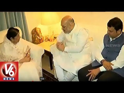 BJP President Amit Shah Meets Lata Mangeshkar As Part On Sampark Campaign | V6 News