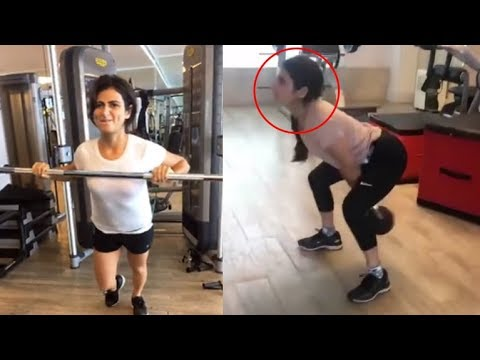 Dangal Girl Fatima Sana Shaikh's AMAZING Gym Workout Video Leaked thumbnail