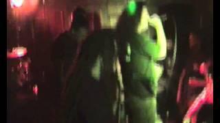 Watch Cadaveres De Tortugas Mangod video