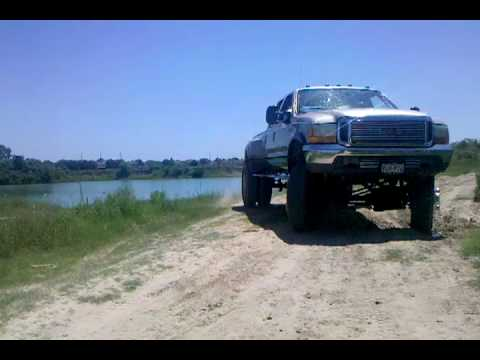 my Lifted f350 dually chillin,