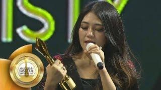 Download Lagu Via Vallen Rebut 2 Penghargaan! Penyanyi Dangdut Tersosmed dan Fanbase Tersosmed  - ADI 201 Gratis STAFABAND
