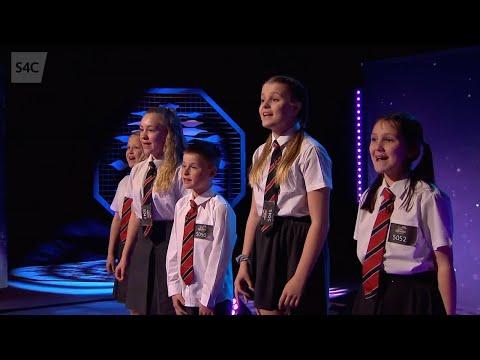Teulu | Chwilio am Seren | Junior Eurovision 2019 | Cymru | Wales