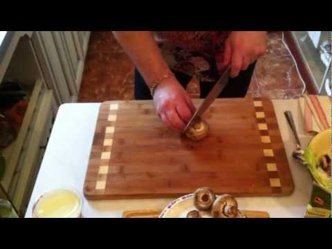 Владимир Ефимов готовит стильно! Салат из шампиньонов.