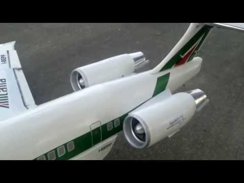 RC MD 80 Alitalia scratchbuilt Taxi Test