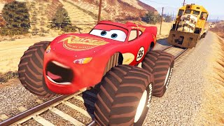 LIGHTNING MCQUEEN VS THE TRAIN From Disney Cars 3