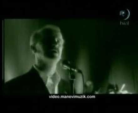 Sami Savni Özer - Donandi Her Yer (Orjinal Klip) // Albüm:HÛ
