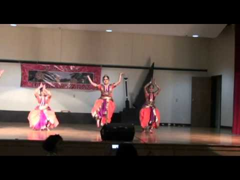 Graff Farms Onam- 2011 - Group Dance, Group Song, Semi Classical Dance video