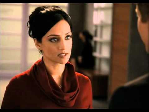 Julianna Margulies No Feud With Archie Panjabi  Vulture