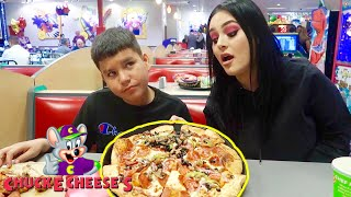 We Tested The Chuck E. Cheese Pizza Conspiracy!!!