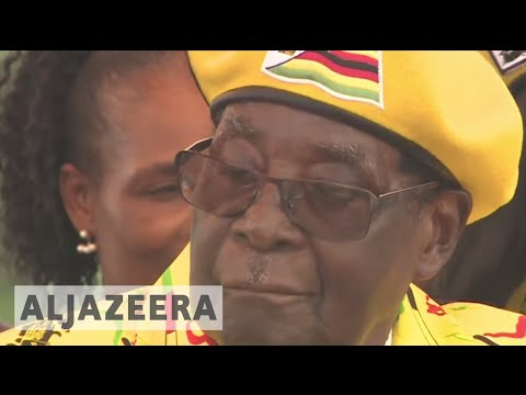 Zimbabwe crisis: Defiant Mugabe refuses to resign