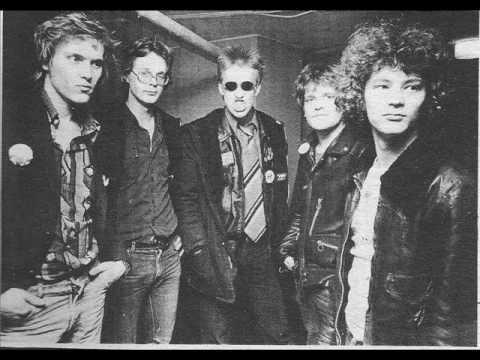 Eppu Normaali - Lainelautaileva Lehmanmaha Rock N Roll