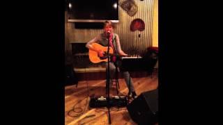 Watch Kate Wolf Cornflower Blue (live) video