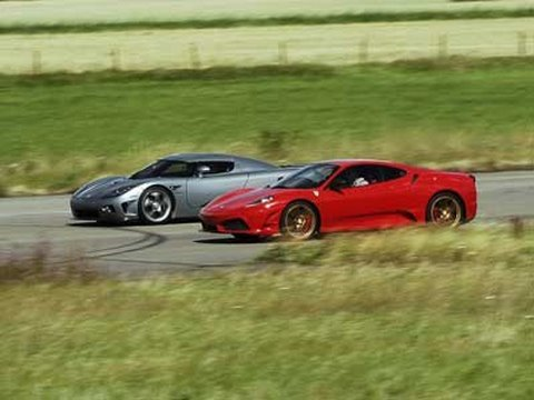 HD: Koenigsegg CCX vs Ferrari 430 Scuderia UNCUT Cam 1 Race 1: GTBOARD.com