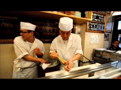 Breakfast at Sushi Dai - Tsukiji Fish Market, Tokyo, Japan