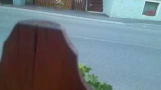 Dzoni po zadjem kroz pola prezida :P yamaha yz 250