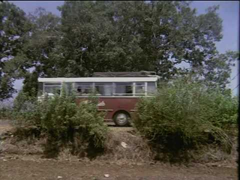 Bombay To Goa - 9 13 - Bollywood Movie - Amitabh Bachchan, Aroona Irani & Shatrughan Sinha video