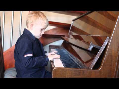 Sonatina Pianino Gra Michał