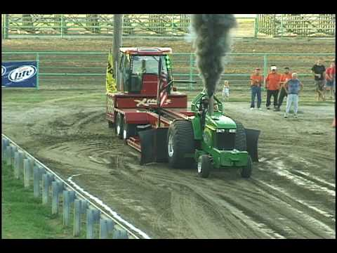 Cass County Fair Tractor Pull, Pleasant Hill, Missouri