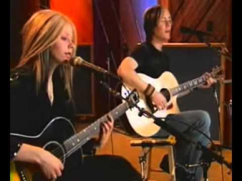 Avril Lavigne - Constipated
