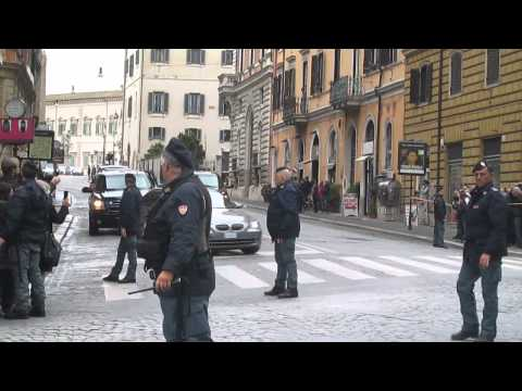 Obama Motorcade in Rome - March 27, 2014