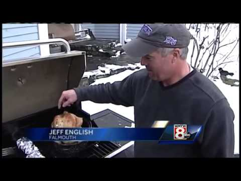 Mainers adjusting to Thanksgiving in the dark