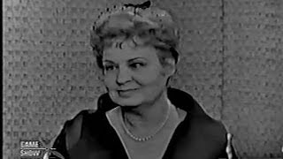 What's My Line? - Shirley Booth; Johnny Carson [panel] (May 27, 1962)