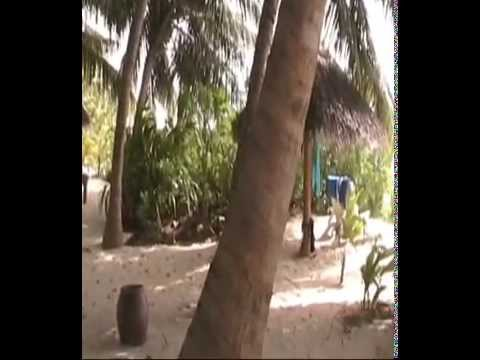 Veligandu Island Resort (2)