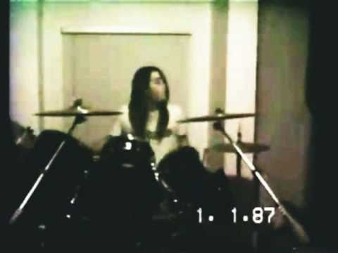 """http://TotallyAmazingVideos.com -- Unbelievable recording. This video is incredible. Nirvana live in 1988 Doing the song """"About A Girl"""" in a basement before they were big. Priceless! - Kurt..."""