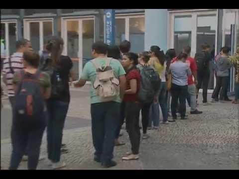 Jornal do SBT (16/09/15) Feira de emprego oferece cinco mil vagas no Rio de Janeiro